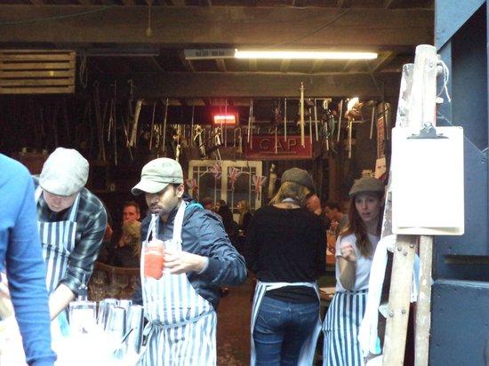 Maltby Street Market: Maltby Street Food Market - Little Bird Gin