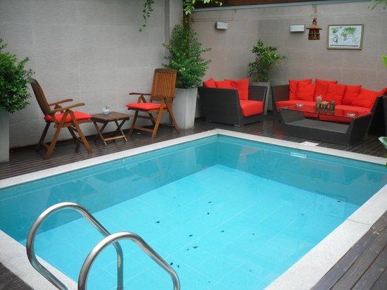 Duque Hotel Boutique & Spa: Pretty pool area