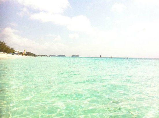 Governor's Beach: Seven Mile Beach, Governor Beach