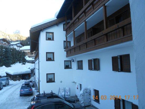 Hotel Casa Alpina: vista bagno