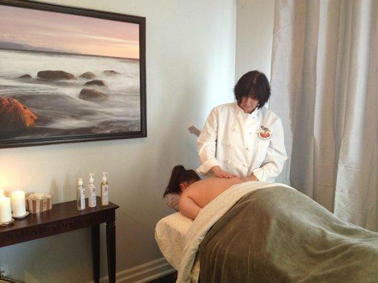 Mountain Ash Farm: Rejuvenate with Massage Therapy
