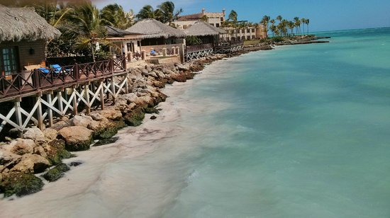 Sanctuary Cap Cana by Playa Hotels & Resorts: Beach and rooms