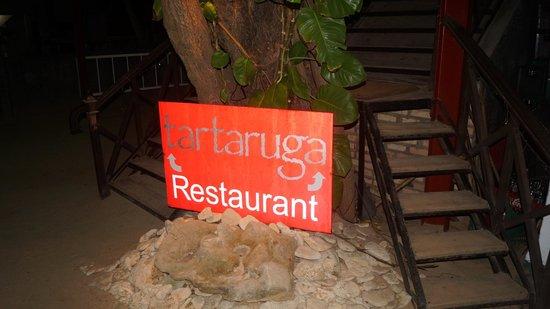 Tartaruga Restaurant & Bar : вывеска