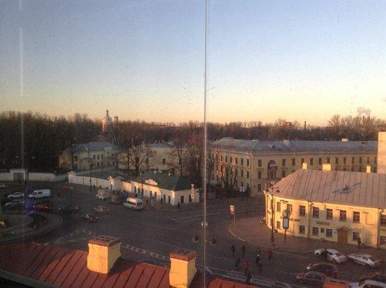Moscow Hotel: Вид из окна номера на Александро Невскую Лавру.