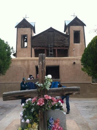 El Santuario de Chimayo : Lourdes of NM
