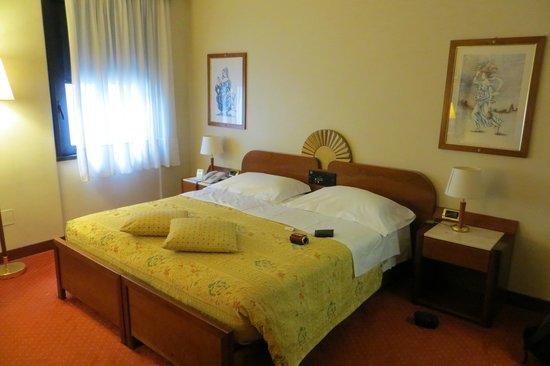 Hotel Roma : Quarto