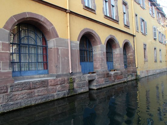 Petite Venise : Маленькая Венеция