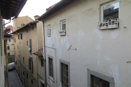 Hotel Roma: Vista do quarto