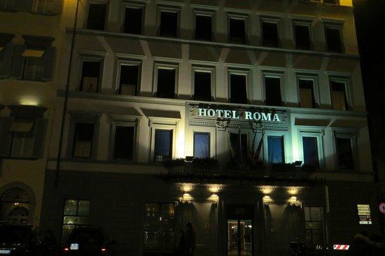 Hotel Roma: Fachada