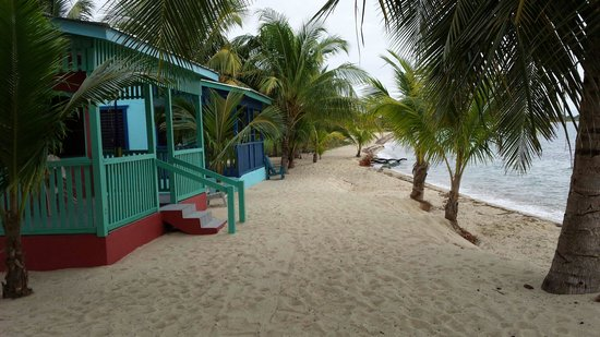 Tradewinds Hotel: Our cabana