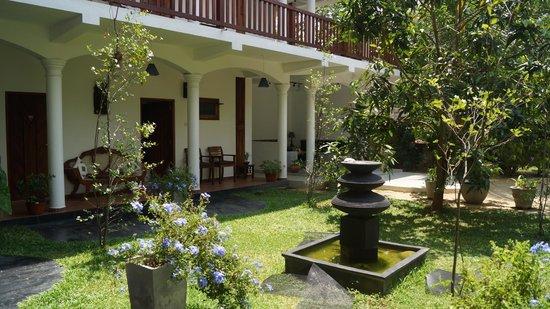 Unawatuna Nor Lanka Hotel: отель 1 этаж