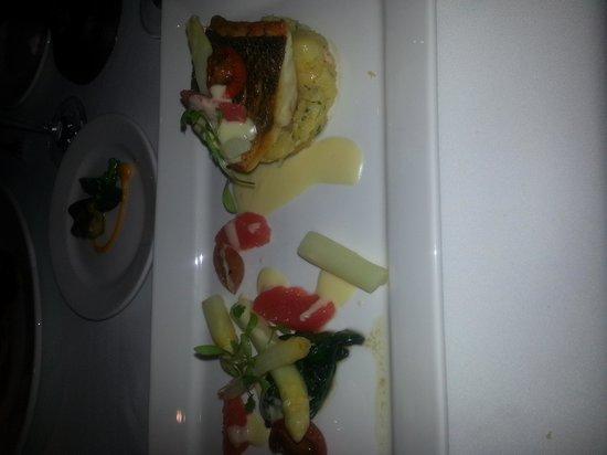 The Beaufort Restaurant: stone bass