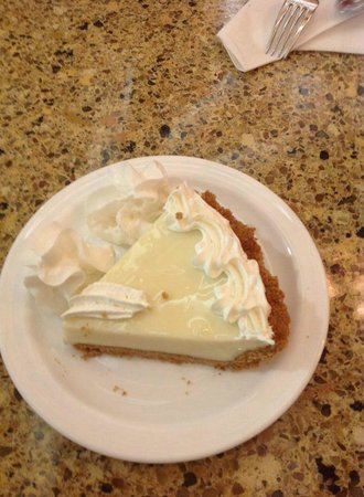 Jerry's Foods : mmmm, key lime pie!