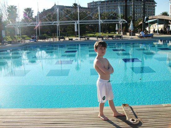 Concorde De Luxe Resort: outdoor pool