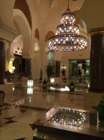 Miramar Al Aqah Beach Resort: Lobby
