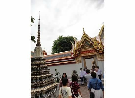 Wat Pho (Tempel des liegenden Buddha): Temples