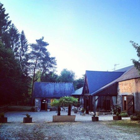 Juvigny-sous-Andaine, Francia: Auberge La Chevairie