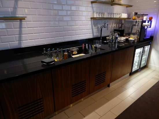 DoubleTree by Hilton Hotel London -Tower of London : Executive lounge