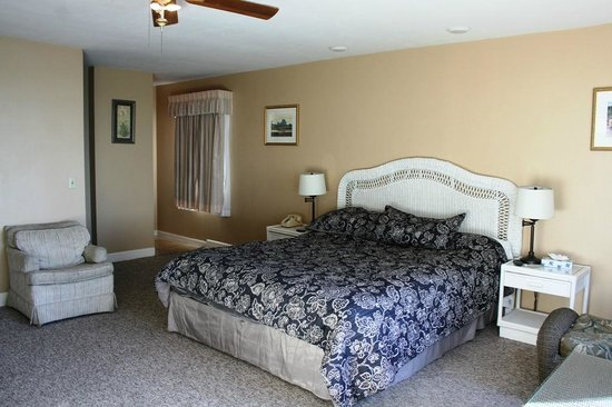 Cliff House Inn on the Ocean: Deluxe room # 24