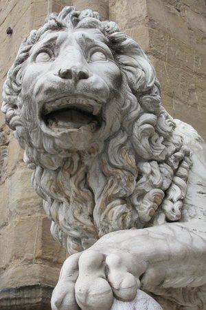 Loggia dei Lanzi: Florentine Lion