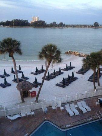 DreamView Beachfront Hotel & Resort: great private beach