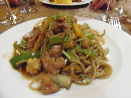 Ocean Varadero El Patriarca: plat au  restaurant oriental