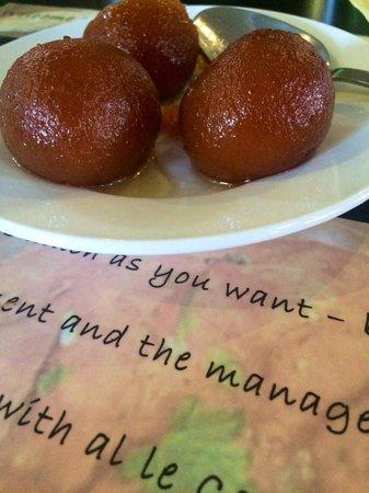 Zaiqa  buffet: Nicest puddings at an Indian restaurant ever