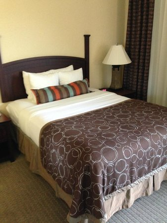 Staybridge Suites Corpus Christi: only queens available