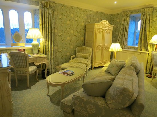 Dromoland Castle Hotel : In my room
