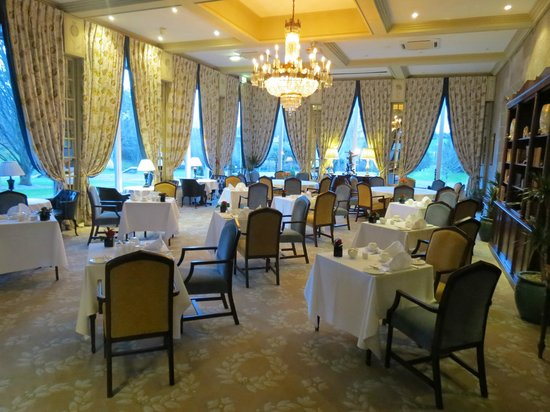 Dromoland Castle Hotel : Dining