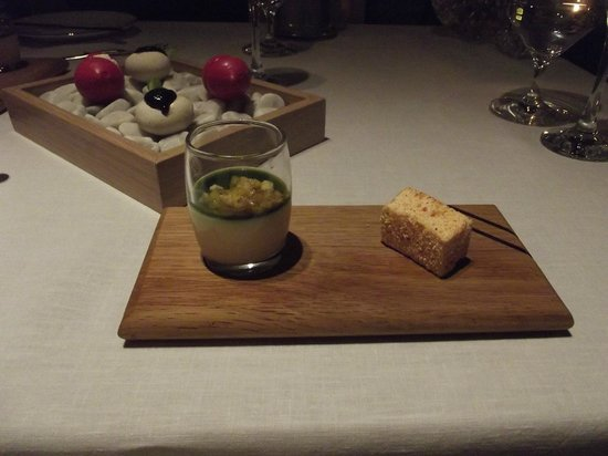 Cliff House Hotel: Incredible fine dining