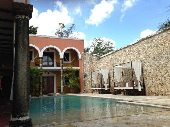 Hotel Hacienda Merida: Pool área