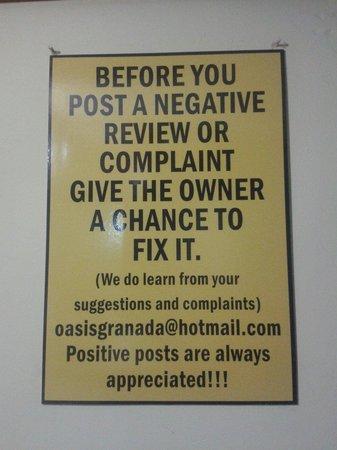 Hostel Oasis: Uma das regras de boa convivência ;-)