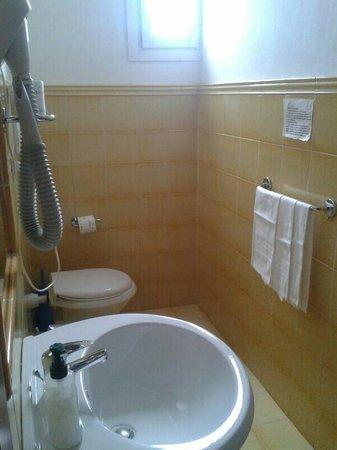 Residenza Giulia: Baño