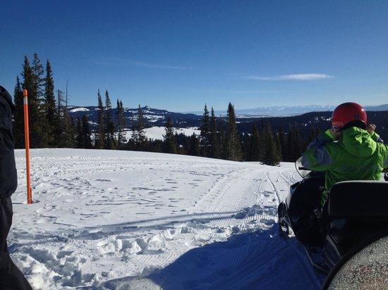 Steamboat Snowmobile Tours: Fantastic Trails