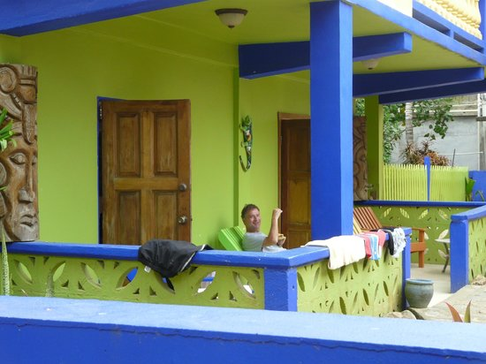 Coconut Row Guest House : relax time