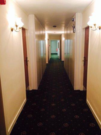 Durker Roods Hotel: Corridor