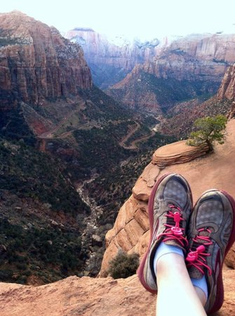 Canyon Overlook Trail: Canyon Overlook