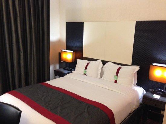 Hotel Holiday Inn Paris Gare Montparnasse : Cama