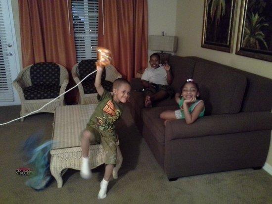 Liki Tiki Village : kids having a good time