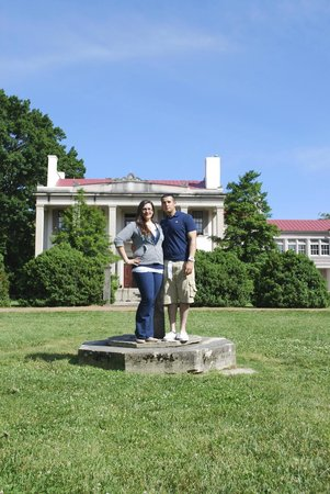 Belle Meade Plantation : In front of the mansion