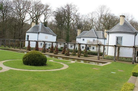 Lime Wood Hotel: Limewood Hotel Grounds