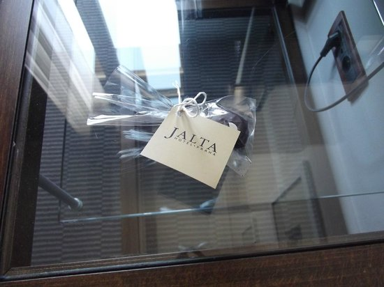 Jalta Boutique Hotel: Complimentary chocolate