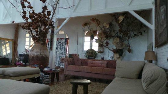Hotel Plein Soleil : lobby - belle déco