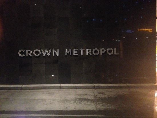 Crown Metropol Melbourne: enter