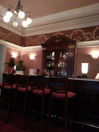 Grand Hotel: Bar