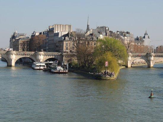 La Seine : pont neuf