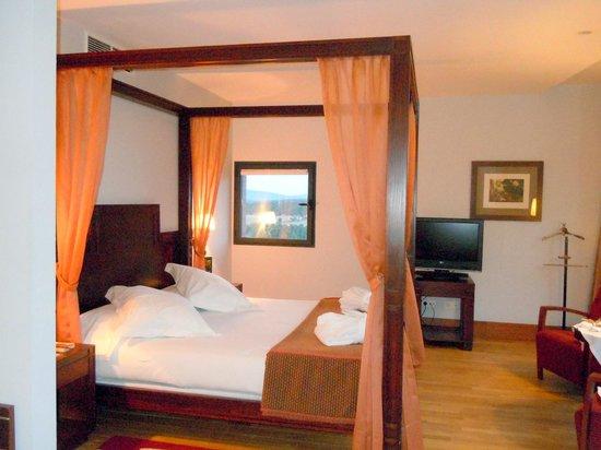Parador de Soria: Detalle de la magnífica habitación
