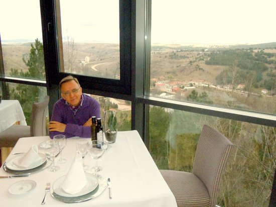 Parador de Soria : Restaurante Comedor al paisaje