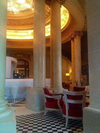 Sofitel Montevideo Casino Carrasco & Spa: Bar
